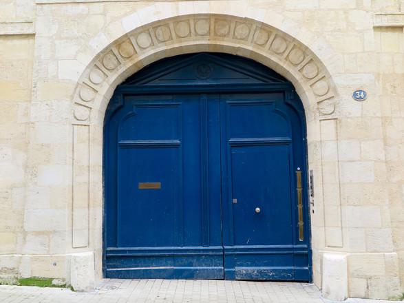 Door 34, Paris France