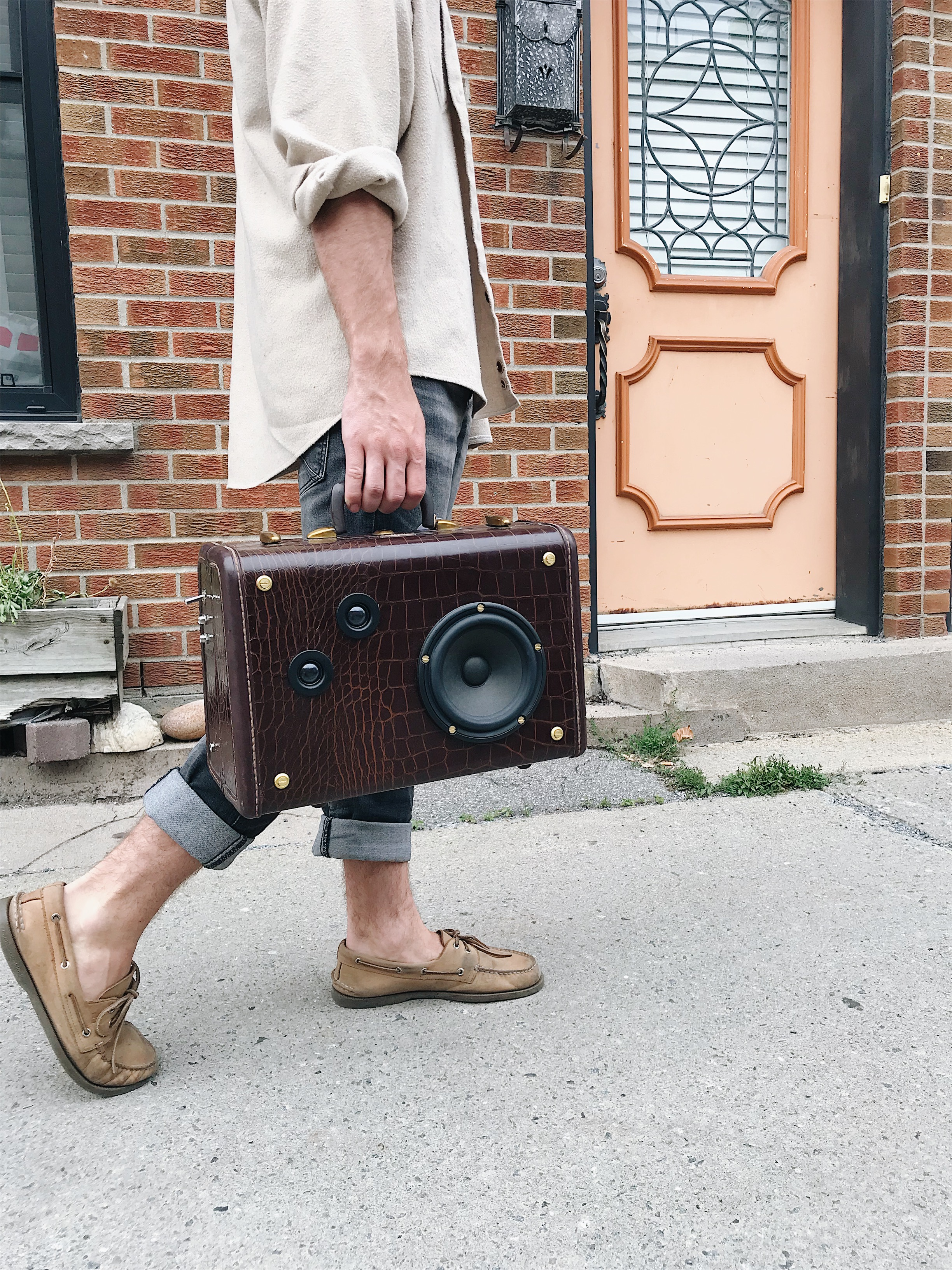 Speakeasy No. 3 | Bluetooth suitcase