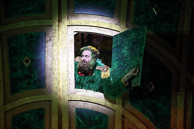 """Ben Franklin in """"The Wizard Of Oz"""" at Syracuse Stage"""