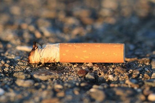 cigarette-1902522_960_720-854x569.jpg
