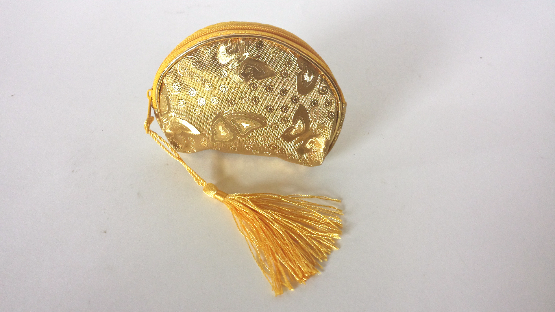 Gold pouch favor