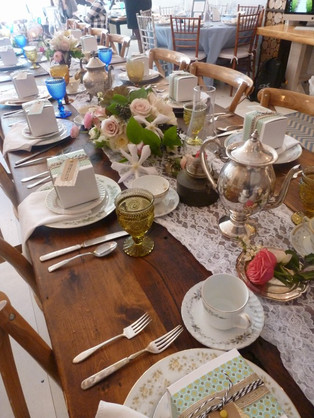 Vintage Wedding, Mismatched China, Vintage Wedding Inspo, Tea Party Theme, Tea Party Place Setting, Pastel Themed Wedding, Pastel Table Setting, Tea Party Inspo