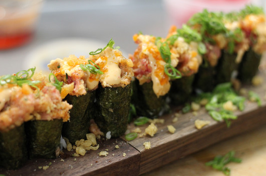 Spicy Tuna Maki Rolls