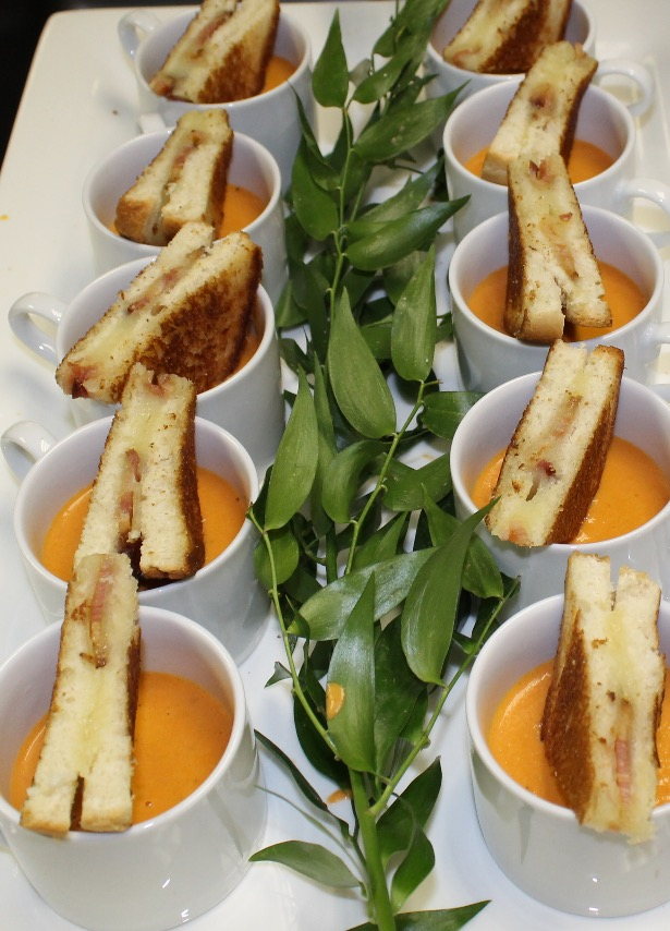 Mini Grilled Cheese & Tomato Soup