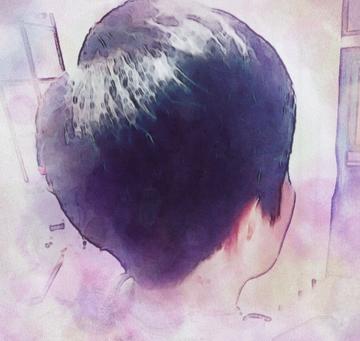 ルームシャンプーでヘアカラーをしました。