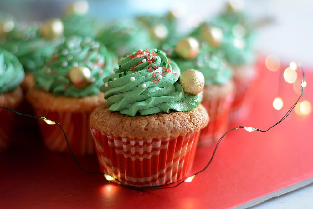 kekperisi - Vanilyalı Cupcake Tarifi - Başak Ergen