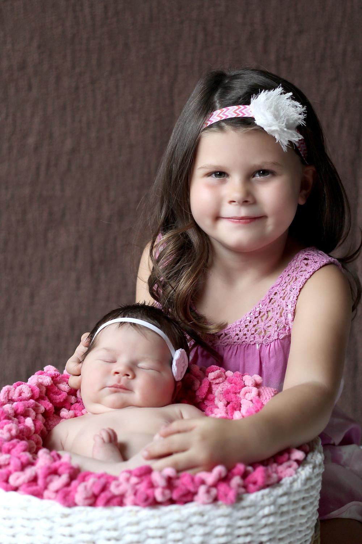 la quinta newborn photographer.jpg