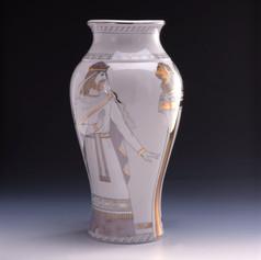 """Vāze """"Zālamans un Sābas ķēniņiene""""  Ваза «Соломон и царица Савская»  Vase """"Solomon and the Queen of Sheba"""""""