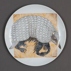 """Dekoratīvs šķīvis """"Bruņnesis""""  Декоративная тарелка """"Броненосец""""  Decorative plate """"Armadillo"""""""