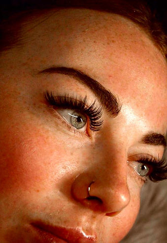 Full Moon eyelash extensions