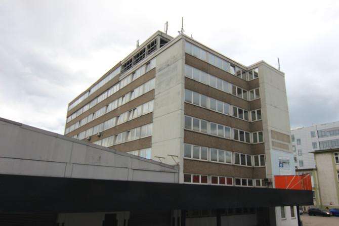Das erste Gebäude wird bemalt