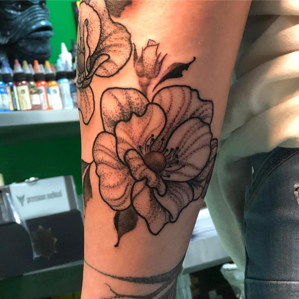 blackwork dot rose
