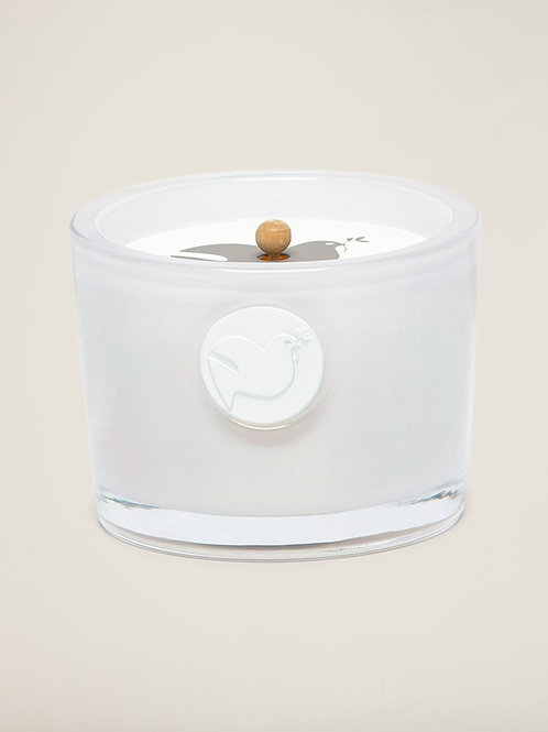 Barefoot Dreams Blieve in Love Candle