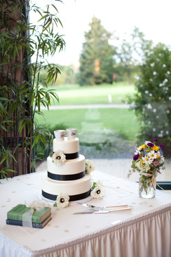 Cake Table Cuteness