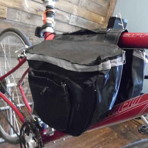 Bicycle cargo bag