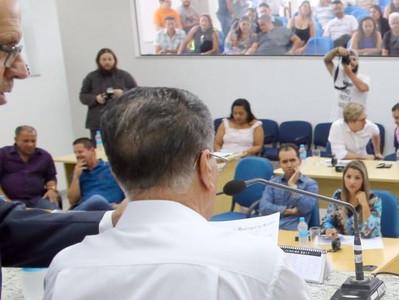 Lisandro destaca economia de R$ 1,5 milhões por mês com a reestruturação administrativa