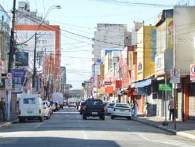 Moradores de 11 bairros de Suzano relatam aglomerações no final de semana