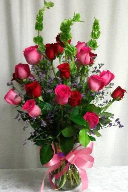 An elegant bouquet of two dozen long-stem