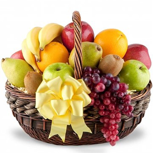 The Deluxe Organic Fruit Gift Basket