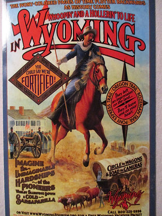WYOMING FORT POST CARD