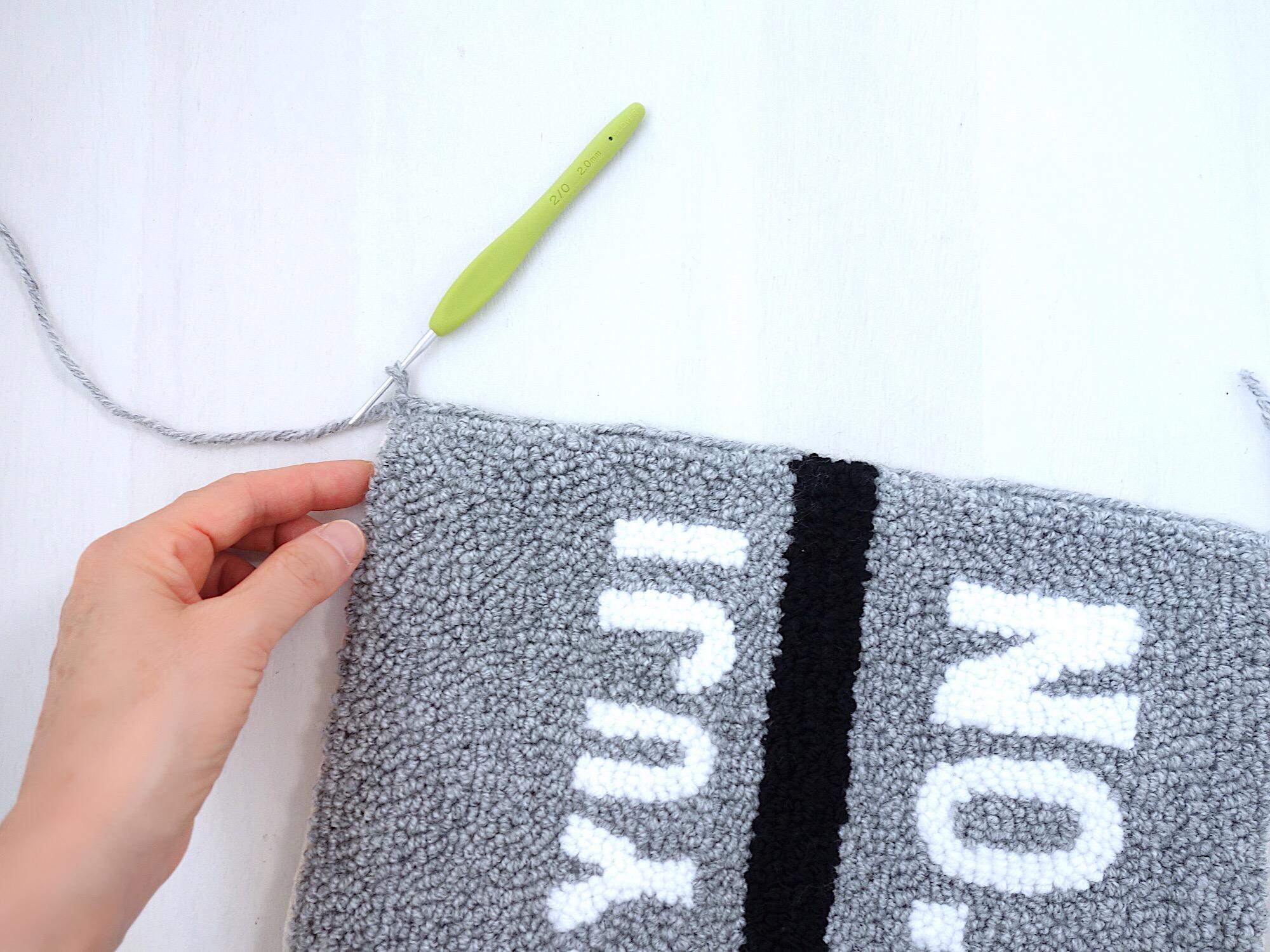 縁を引き抜き編み