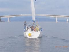 Laoni sailing under Skye Bridge - 24/07/2008