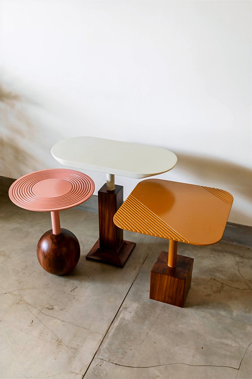 The Metric Side Tables