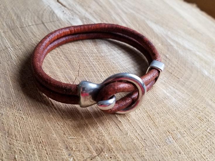 Circle loop leather bracelet