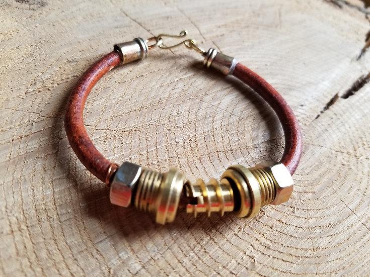 Round leather hardware bracelet