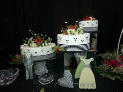 3 separate stands wedding cake
