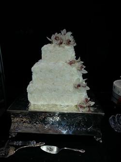 Square pink wedding cake2