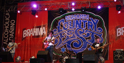 LIVE AT OXAPAMPA COUNTRY FEST