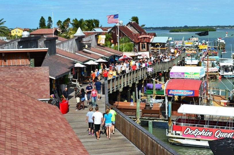 Lots to do and eat along the boardwalk!