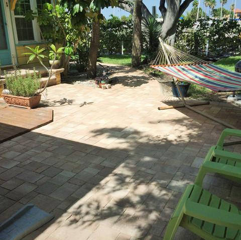 paradise private patio.jpg