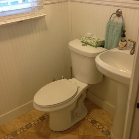 paradise bathroom2.jpg