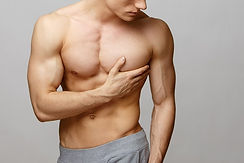 guide-to-gynecomastia-enlarged-male-breast-2.jpg