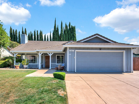 567 Youngsdale Drive - Desarae Gilley and Lynnette Young