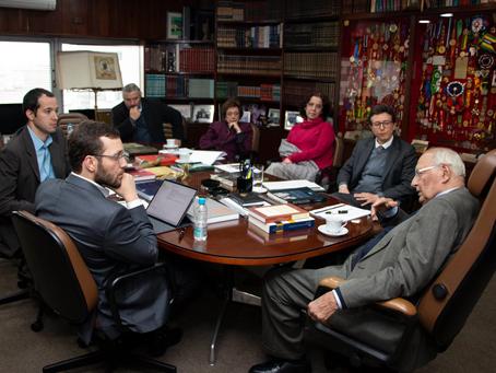 Filipe Barros se reúne com Ives Gandra Martins para falar sobre reforma tributária