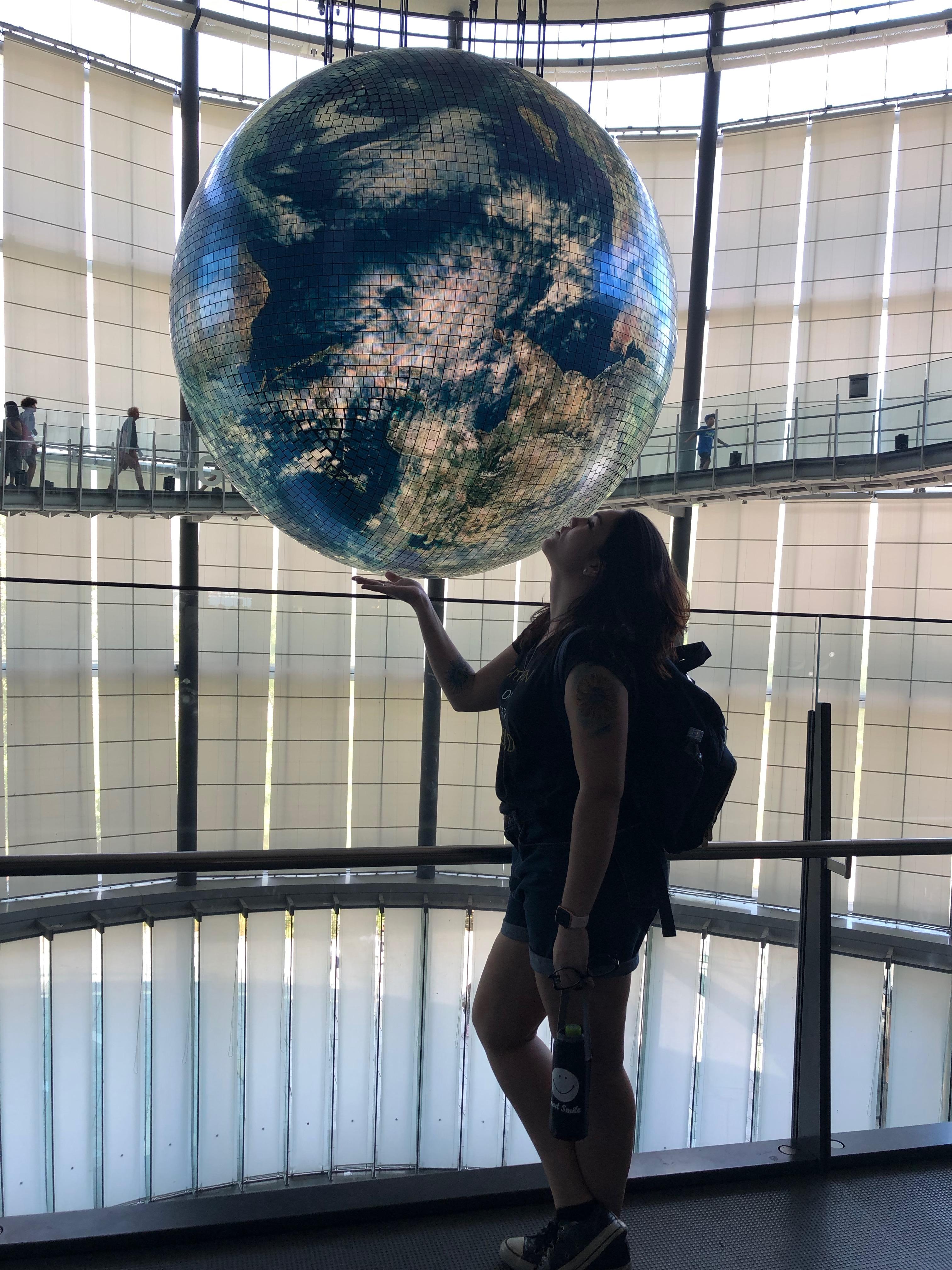 O mundo é pequeno para meus sonhos