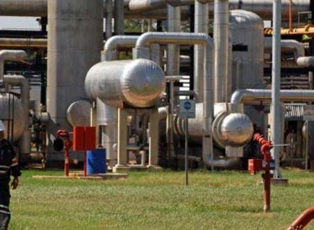 Productores de arroz cerrarán pozos petroleros en Yapacaní por falta de diésel