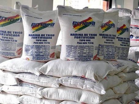 Panificadores y Emapa ratifican acuerdo que garantiza suministro de harina y precio fijo del pan