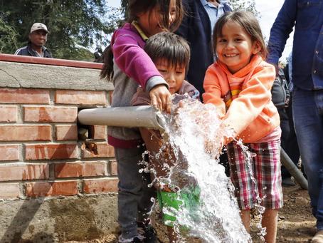 Santa Cruz: Gobierno fomenta la producción agropecuaria con la entrega de sistemas de agua