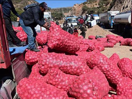 Suspenden la importación de hortalizas y cesa el bloqueo