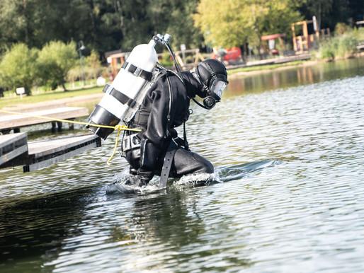 В Солнечногорске водолазы проверили более 200 кв. метров акватории озера Сенеж