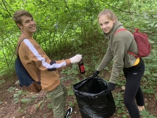 Участники «Чистогорья» собрали более 50 мешков мусора в парке Победы