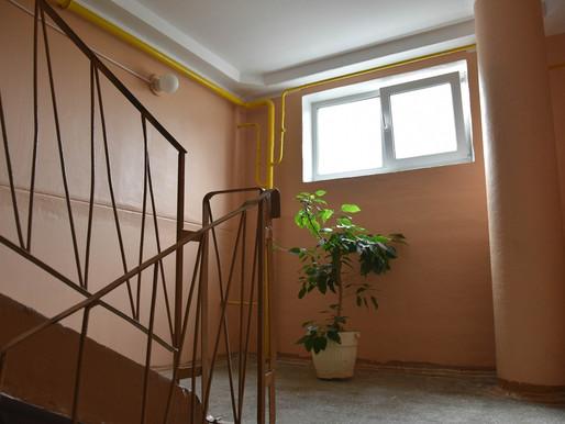 В Солнечногорске продолжают ремонт подъездов