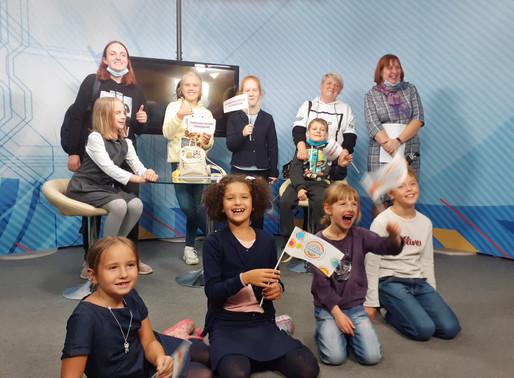 Юные участники клуба журналистики посетили студию Солнечногорского телевидения