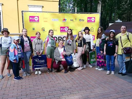 Учащиеся школы искусств в Солнечногорье приняли участие в областном пленэре