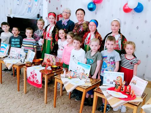 Детский литературный клуб в Солнечногорске провел устных журнал о народных промыслах
