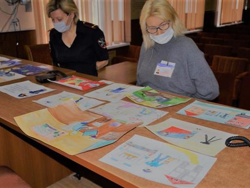 В Солнечногорске прошел конкурс рисунков «Мои родители работают в полиции»